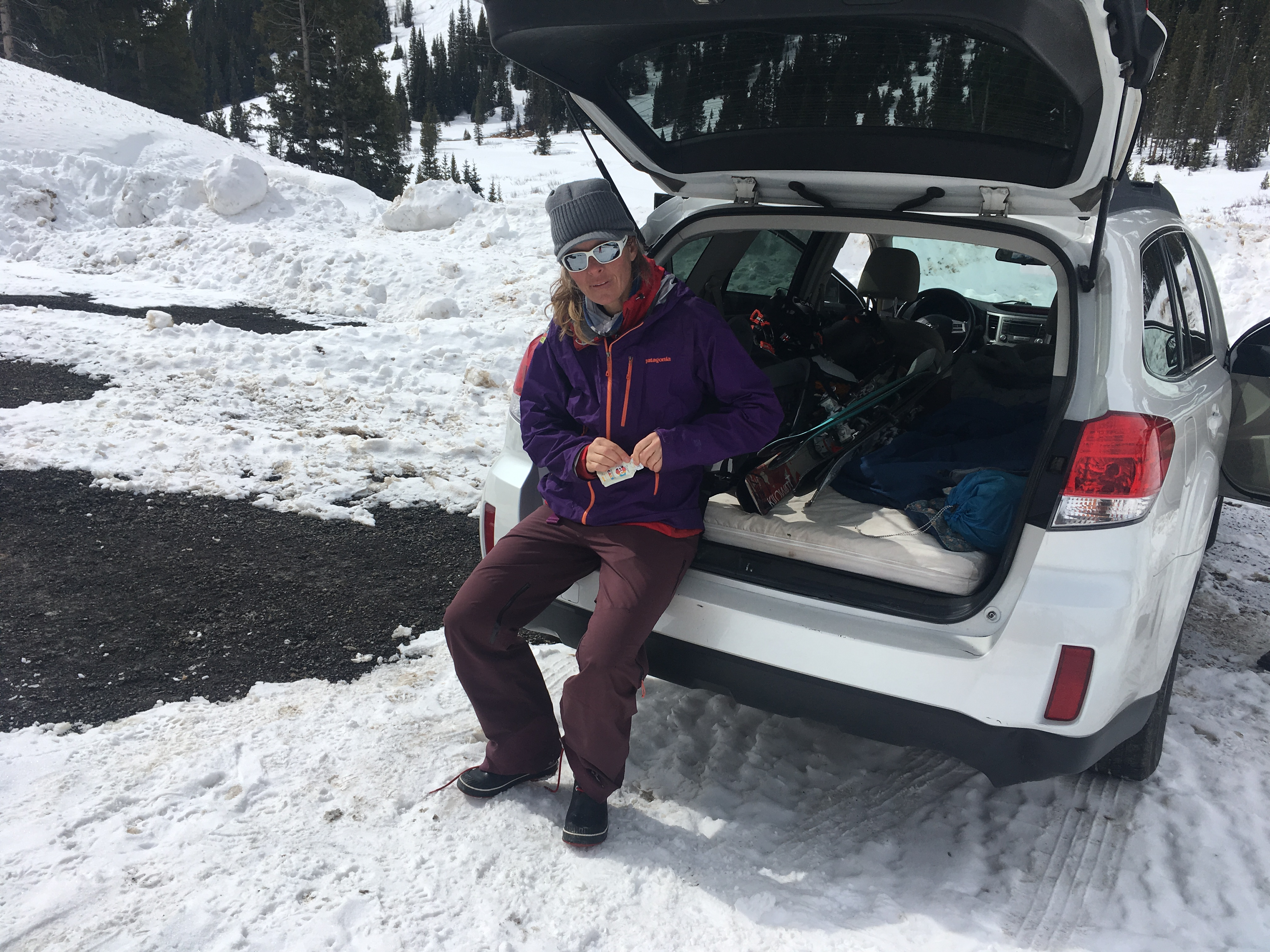 Karen Bockel, co-owner Chicks Climbing and Skiing, refuelling with some apres ski Gu ©Kitty Calhoun