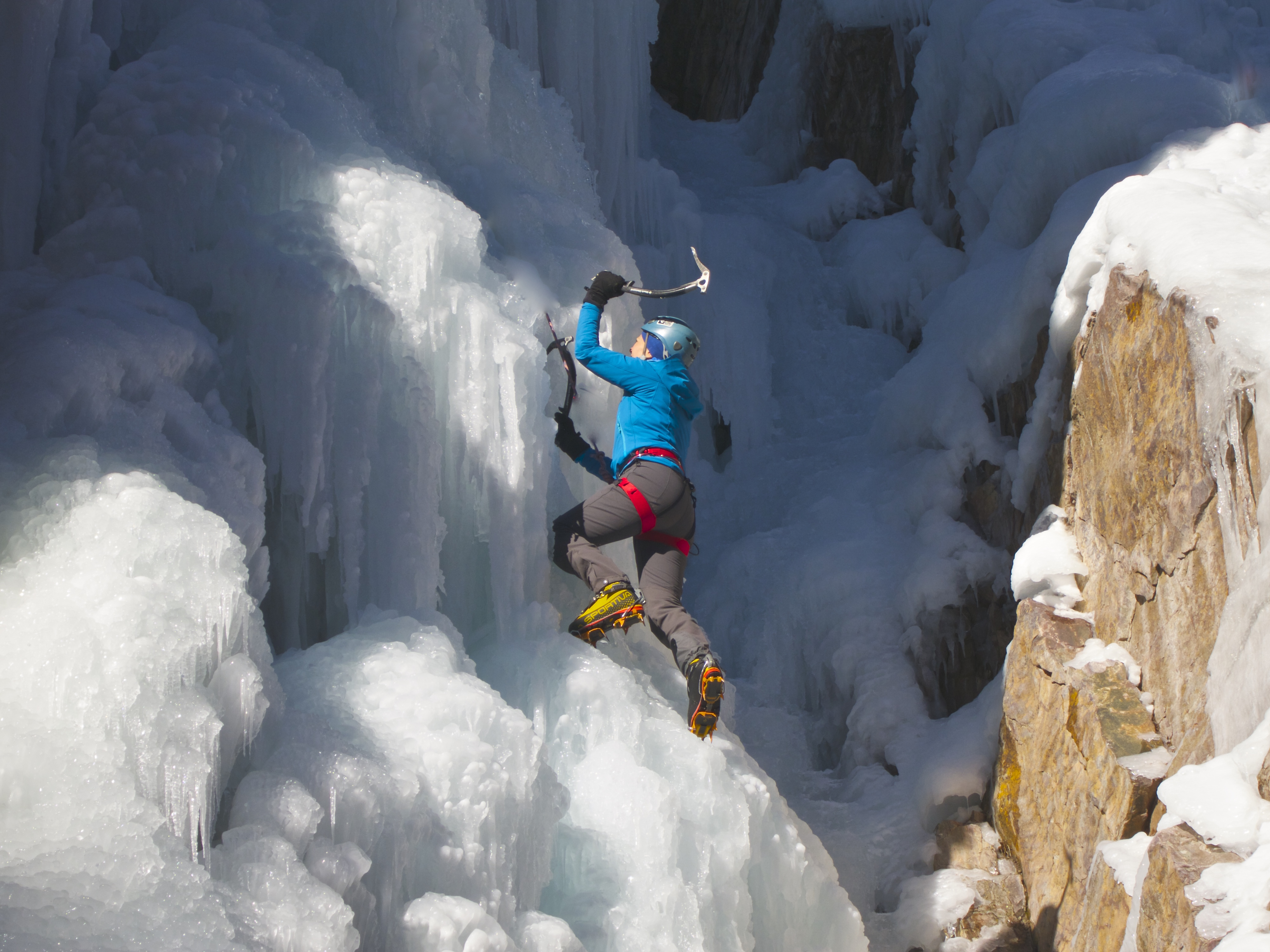 ice climbing in Ouray Ice Ice Park